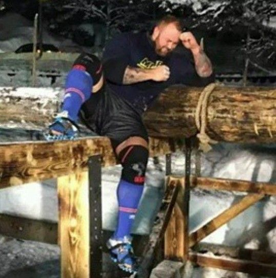 Hafpor Julius Bjornsson: Game of Thrones Star Breaks 1,000 Year Old Weightlifting Record!