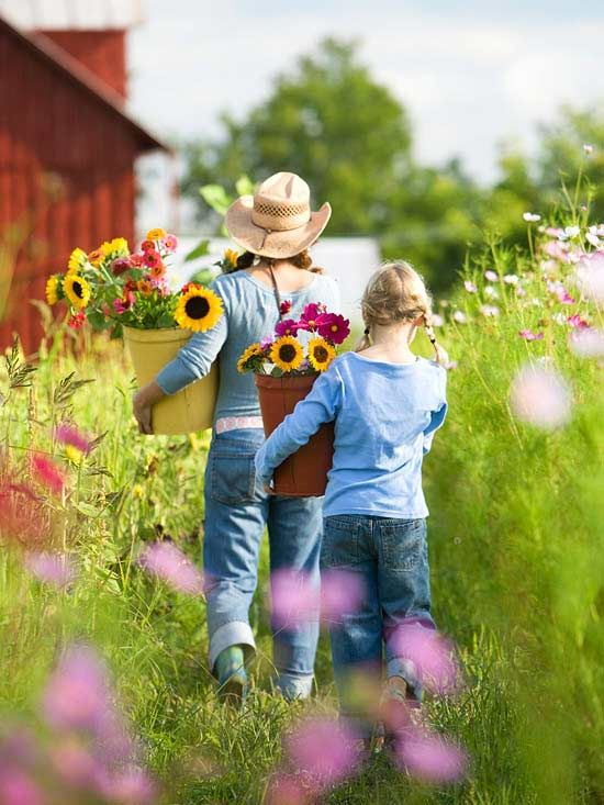 Fresh-Cut Bouquets Straight From the Garden - Enjoy fresh flower bouquets whenever you feel the urge by cutting blooms right from your garden. You don't need a large plot to grow a cut-flower garden. Careful design with the most prolific bloomers can easily fill an 8x10-foot area -- and your vase for an entire season.