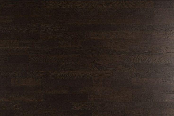 Parchet  stejar  afumat culoare wenge Affogato Molti Barlinek  Parchet stejar afumat triplustratificat de culoare wenge, maro închis, cu o structura a lemnului usor diversificata. Fibra lemoasa a lamelei de parchet culoare wenge triplustratificat Affogato Molti este  scoasa in evidenta cu ajutorul procesului de periere.  Lemnul de acestui parchet stejar este un lemn foarte dur, rezistent la abraziune, dar totodata acesta confera o infatisare foarte frumoasa a spatiului dumneavostra interior
