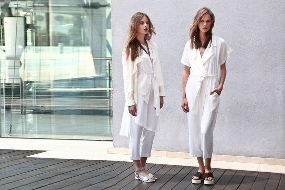 Αριστερά-Παντελόνι με ενσωματωμένη φούστα, τοπ, σακάκι και πλατφόρμες ,όλα Zara. Δεξιά-Ολόσωμη φόρμα Zara, σανδάλια Stradivarius #welovewomen2014 #welovewomen_goldenhall