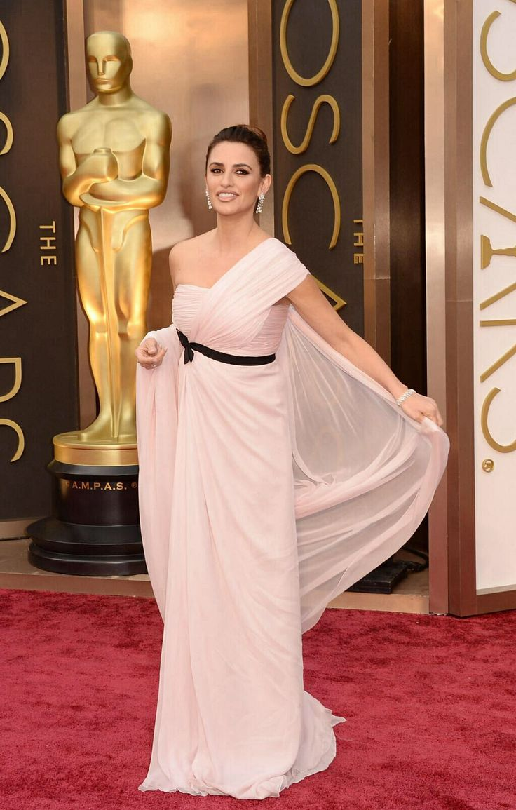 85 best Red carpet /Oscar Inspirations / Hollywood Glamour images on ...