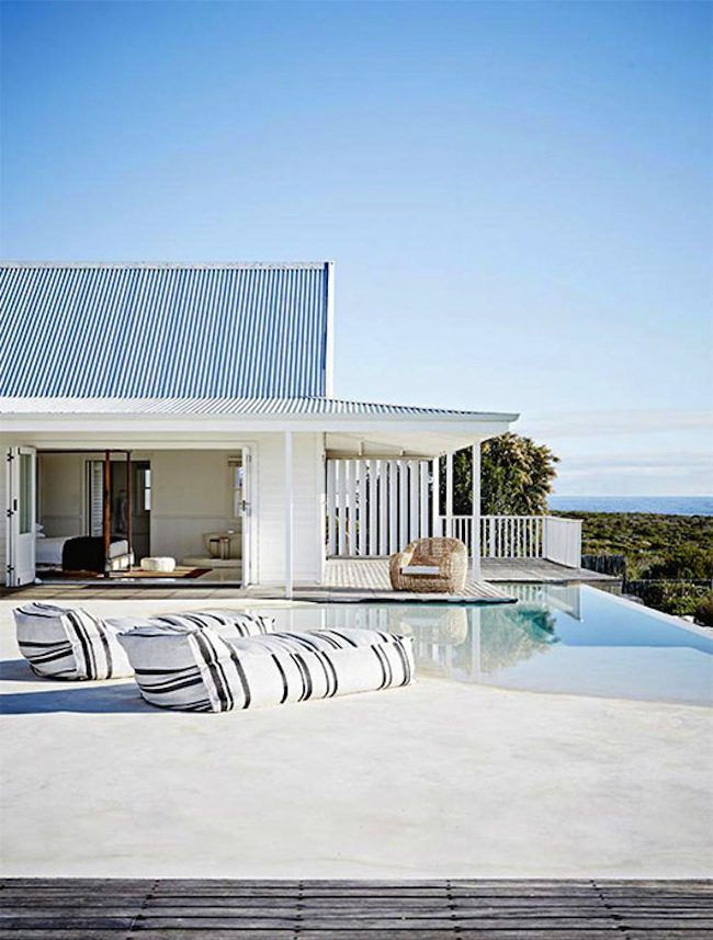 The Prettiest Modern Farmhouse In The Entire World For Real Though Lark Linen In 2020 Modern Beach House Beach House Design White Beach Houses