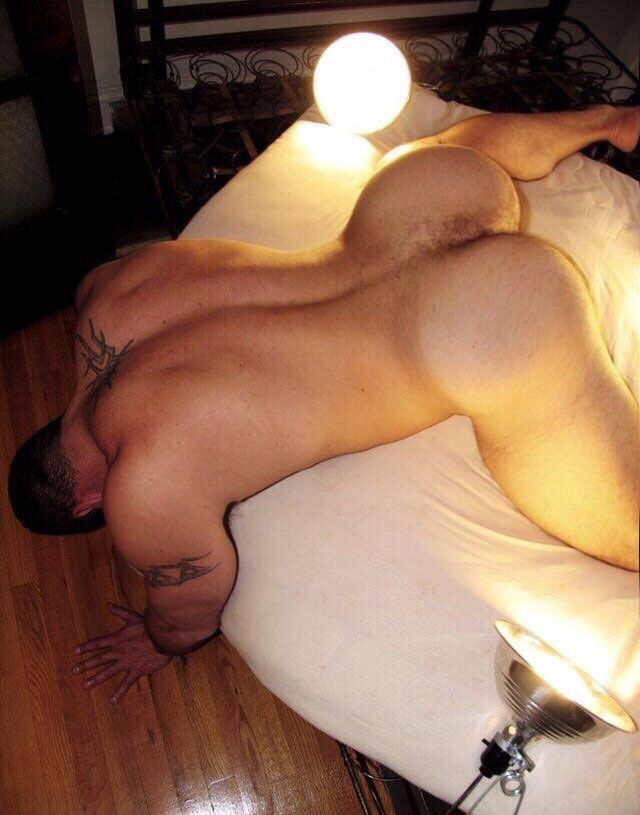 Only The Top Naked Asses