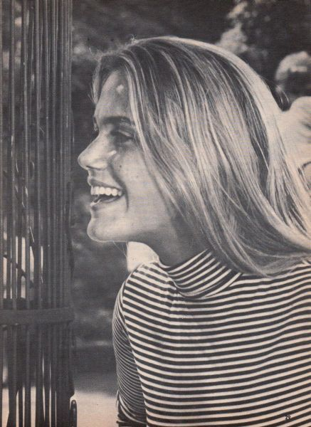 Peggy Lipton #inspiration #naturalbeauty #stripes