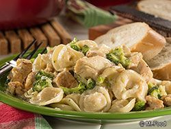 Easy Tortellini One Pot - A hearty dinner that cooks in under 30 minutes!