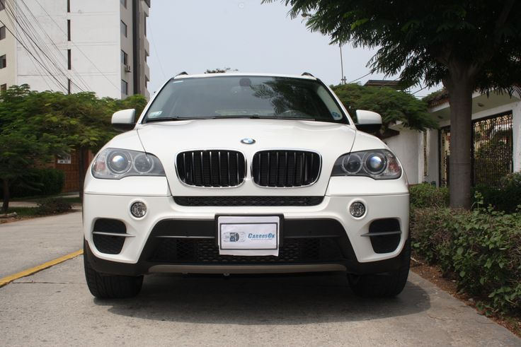 BMW X5 3.0 v6 destacan su xDrive y chasis de aluminio