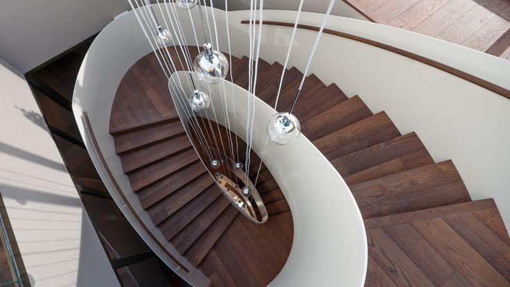 wendeltreppe aus metall und holz haus pinterest. Black Bedroom Furniture Sets. Home Design Ideas