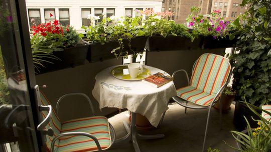 balcony-decoration-ideas14