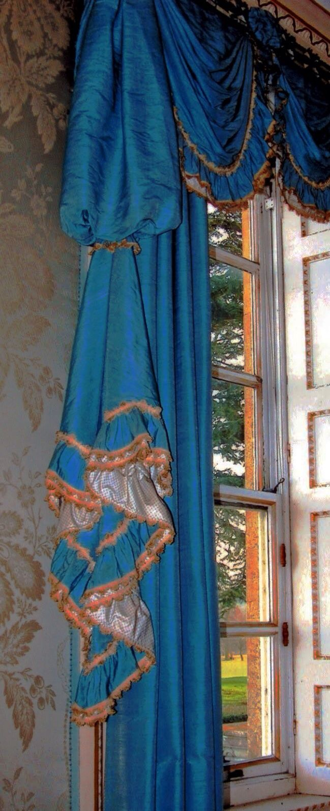 Drawing room drapery detail by John Fowler for Cornbury Park