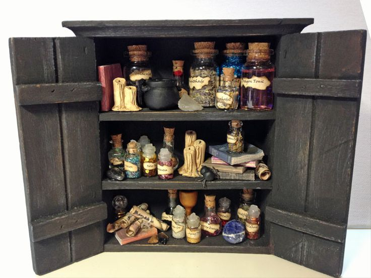 Snape's potion cupboard by patty_o_furniture on craftster.org