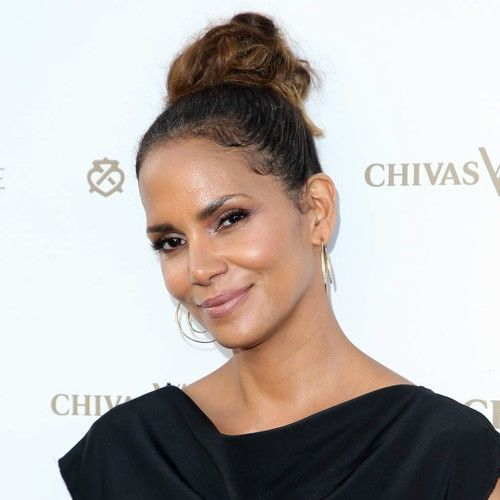 Newsdesk  Rumours suggesting Halle Berry has an extra toe almost landed the actress a lucrative sneaker deal. The Monster's Ball star admits many odd stories stick to her – even when she has shot them down, and one of the weirdest was a tabloid howler about a sixth toe. The legend...