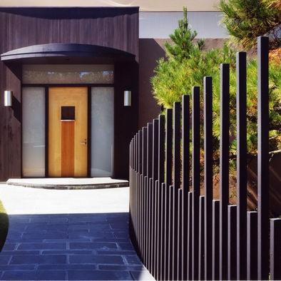 Creative And Stylish Fence Design Ideas