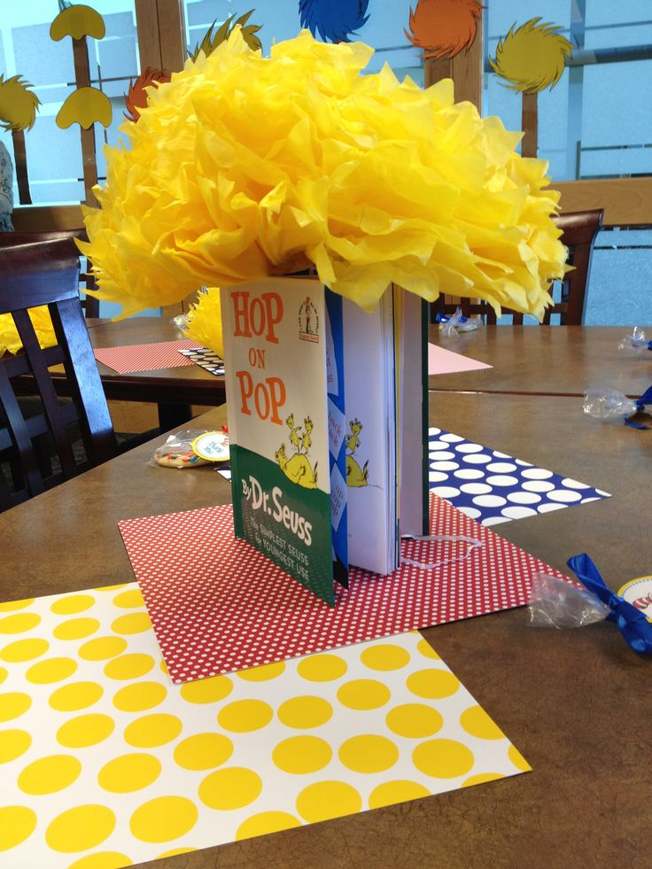 Dr suess book centerpiece dr seuss birthday for Baby shower decoration centerpieces