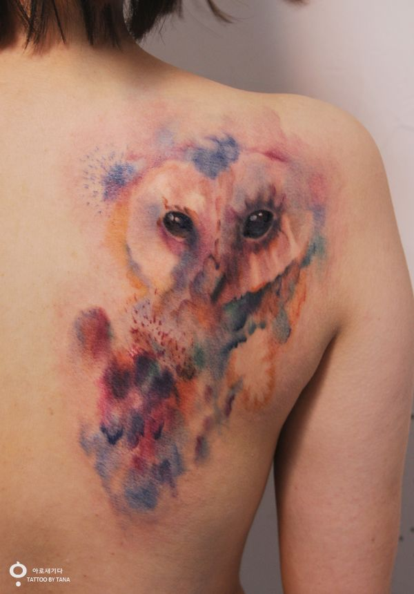 Only slightly in love with the water color tattoos!!! Especially since i want an owl!!!! owl tattoo / water color tattoo http://tattoobytana.blog.me/