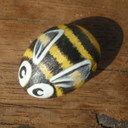 SALE Bee Cute  Handpainted Magnet rock painting by thestoneteller