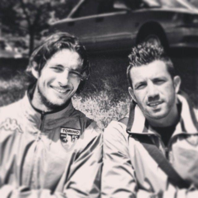 #JimmyFontana Jimmy Fontana: ...7 anni fa eravamo più giovani e con qualche capello bianco in meno ma la nostra amicizia è rimasta forte nel tempo...buon compleanno amico mio...(non mi ricordo se ti ho detto che ti voglio bene)... @iamsteffys #matteosereni #keeper #toro #31