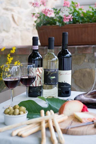 Wine & Appetizers! Agriturismo Incrociata, Tuscany