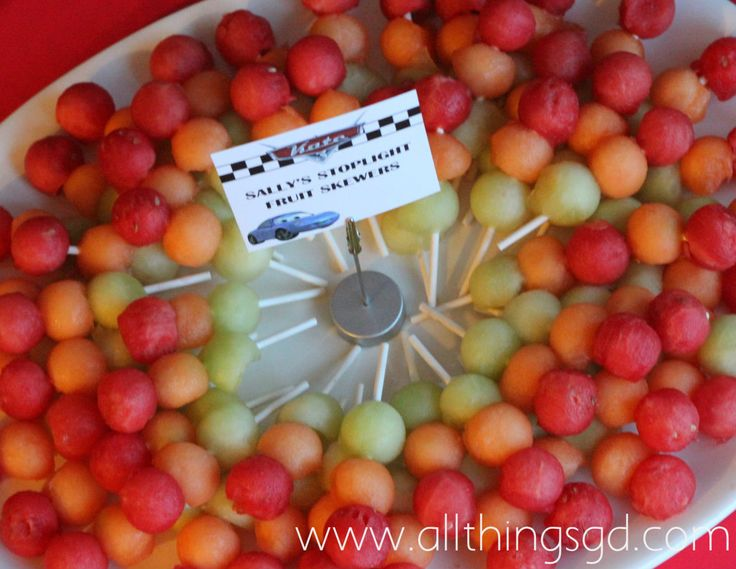 Sally's Stoplight Fruit Skewers: Kate's Cars-Themed Birthday Party
