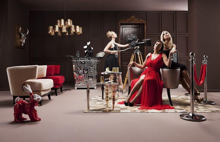 ¡El rojo es pasión! Combínalo con una colección que resalte sus cualidades.