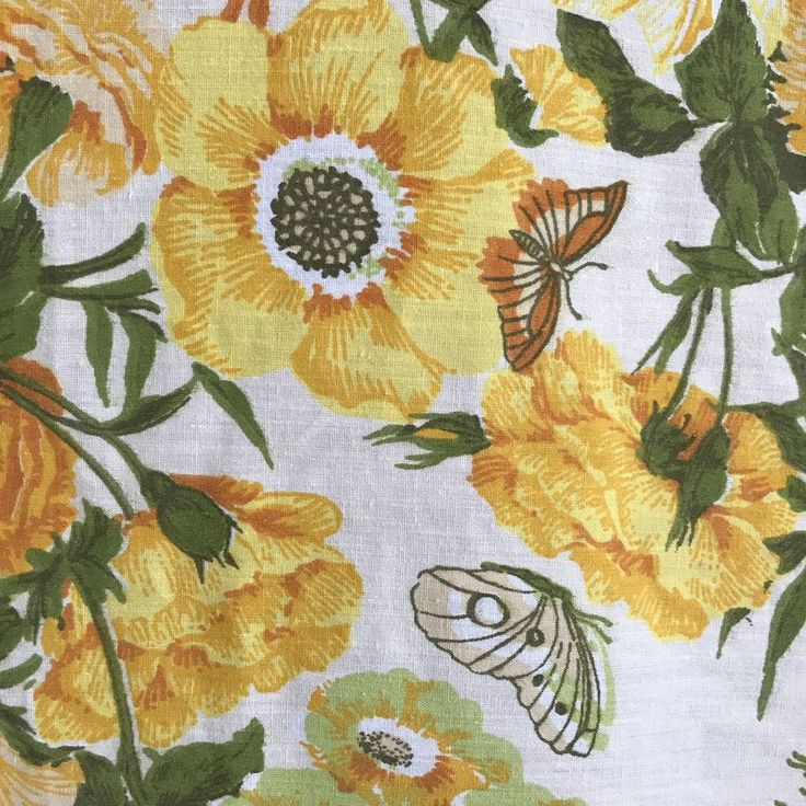 Vintage Tablecloth Fabric Flower Floral Butterflies Craft Linens 102 x 112