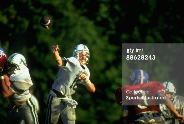 Isidore Newman School | Isidore Newman School QB Peyton Manning In Action Pass