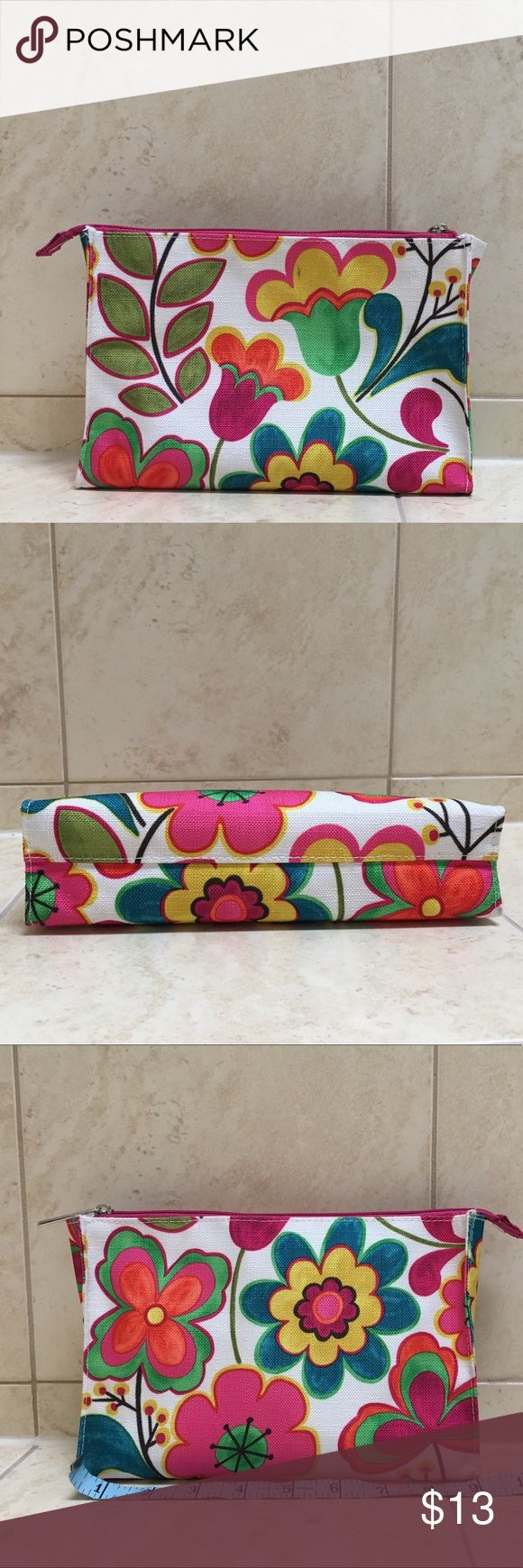 Preloved Clinique Pink Flowers Cosmetic Bag Cosmetic
