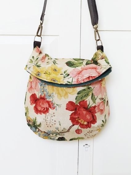 Link does not work, but easy enough. Great shape, love the floral print.