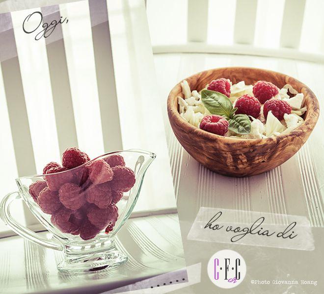 Lamponi, finoccio e Feta, sono i freschi e golosi ingredienti che vi suggeriamo per provare un'insalata un po' diversa, insolita ma super deliziosa. Creazioni... Fusion or Confusion?