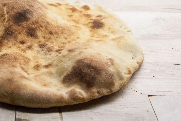Naanbrød på pizzastål