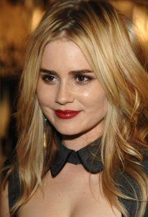 "Alison Lohman  Actress, Drag Me to Hell  Alison Lohman is a native of Palm Springs, California. She grew up in a family with no showbiz connections but she always wanted to perform. By age 9, she had landed her first professional, theatrical role playing ""Gretyl"" in ""The Sound of Music"" at Palm Desert's McCallum Theater. At 11, Alison won..."