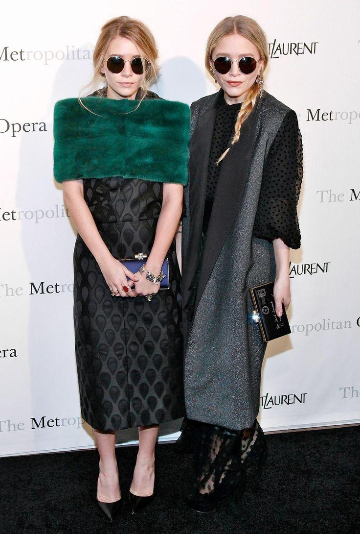 glasses + green stole: Maxi Dresses, Olsen Twin, Mary Kate Ashley, Ashley Olsen, Red Carpets, Style Icons, Looks Book, Metropolitan Opera, Olsen Twin