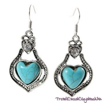 Lógós fülbevaló szív alakú türkiz kővel
