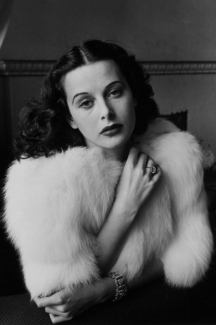 Looking back at Alfred Eisenstaedt's most iconic photos: Hedy Lamarr, 1938