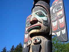 Een totempaal is een houten standbeeld. Een totempaal kan gezien worden als heiligdom. Het woord totempaal betekent zoveel als 'familie-teken', dieren die hun naam aan een clan gaven.