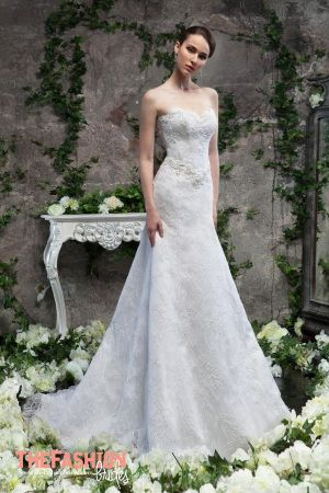 Svetlana Lyalina specializes in  creation and sales of excellent wedding dresses and women's clothing. Collections differ from competitors with unusual cut and complex drapery. Please contact the d…