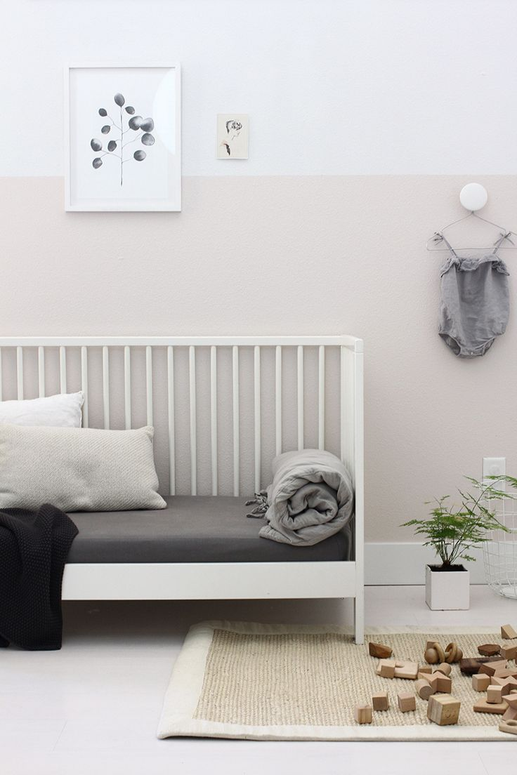 half pink wall in my daughter's room | AMM blog | #sponsored #behr #MARQUEE