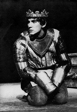 Ian McKellen as Shakespeare'sRichard II,1968.