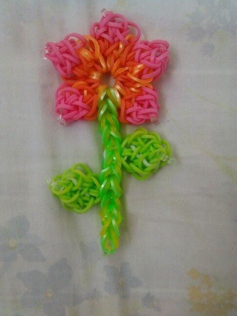 Rainbow loom flower !#!#!