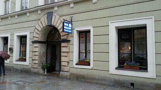 Krak Restauracja i Bar, Kraków: zobacz bezstronne recenzje (353 ) na temat Krak Restauracja i Bar, z oceną 4 na 5 w serwisie TripAdvisor, na pozycji 108 z 1486 restauracji w Krakowie.