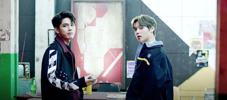 """Wanna-One - Seongwoo and Jihoon - """"0+1=1 (I PROMISE YOU)"""" - """"Boomerang"""""""