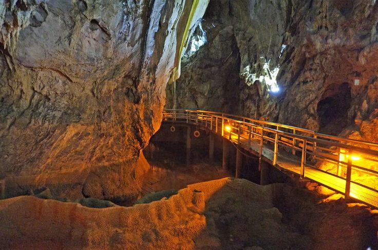 agroville excursions - Σπήλαιο των Λιμνών / Cave of Lakes - Kalavrita