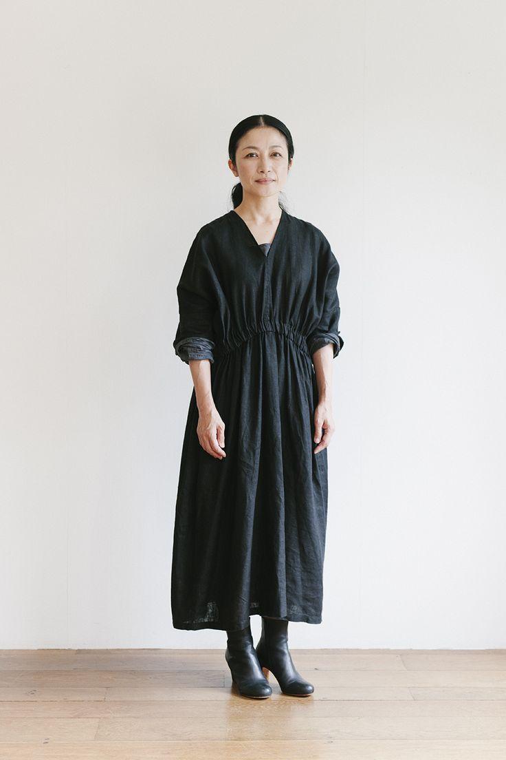 『FLW』デザイナー大橋利枝子さんに聞く秋のリネン、コーディネートのアイデアと着こなしのコツ:くらすこと
