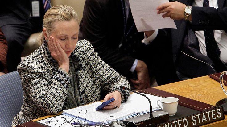 Gedächtnisverlust bei E-Mail-Affäre: FBI veröffentlicht Bericht über Hillary Clinton