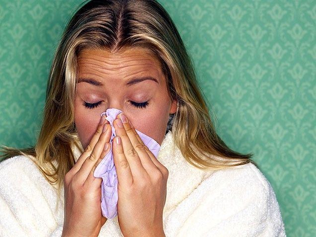 Under the Weather? Here's How to Treat a Cold or Flu During Pregnancy