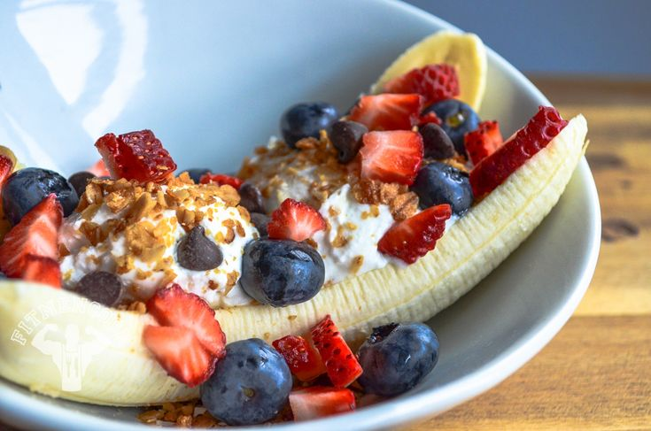 Post-workout cardio meal: the Fit Men Cook Protein Banana Split! Feed the muscles. Boom.