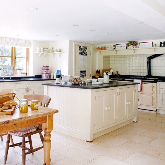 Cream Country Kitchen With Large Island Unit And Dining Table Kitchens Housetohome