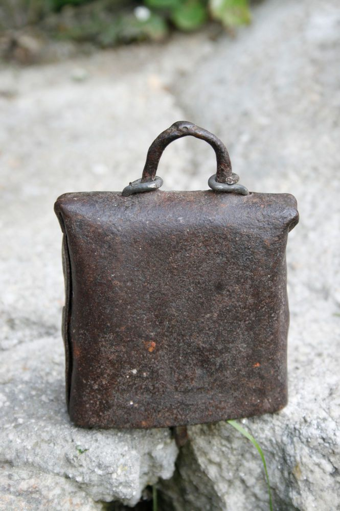 Antique Cow bell Antique sheep bells old Metal 5