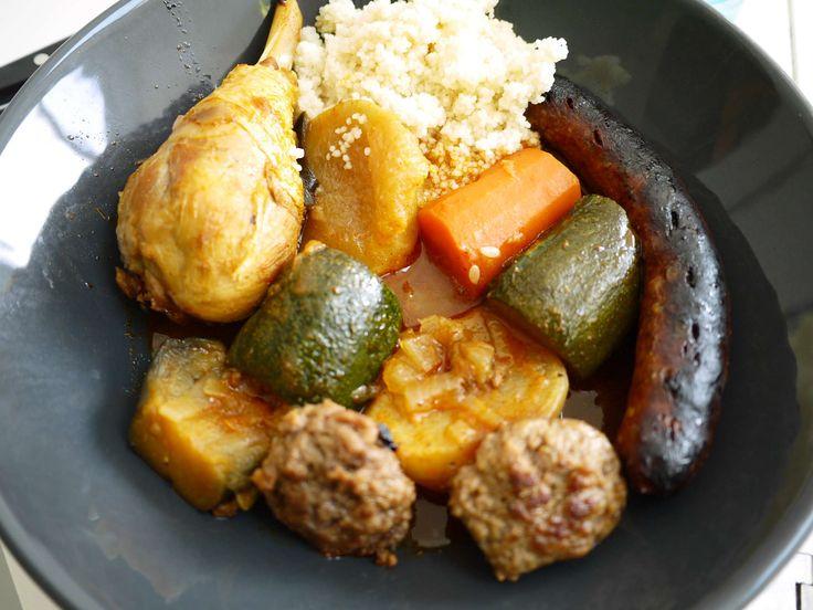 Couscous poulet, merguez, boulettes d'agneau