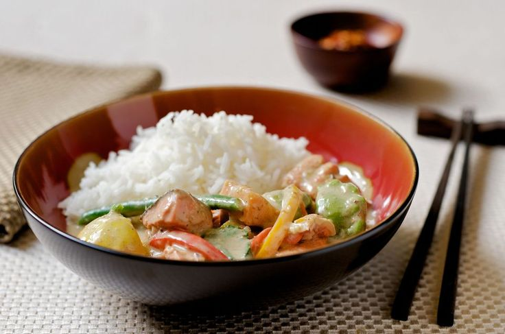Thai Curry with Fish, Vegetables, and Coconut Rice
