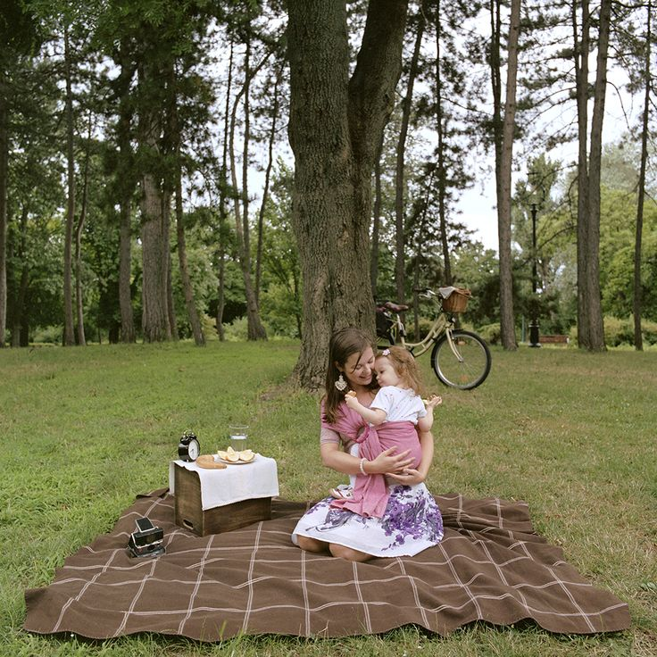 2015. július 26. - Panna és Kamilla - Hordozás pikniken | 26 July, 2015 - Panna and Kamilla - Babywearing on a picnic  #carrymeproject #cmp #hordozás #babywearing